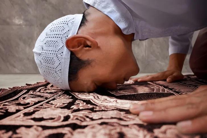 KAPAK-Allah'a Teslimiyetin Alametleri: Rükû ve Secde